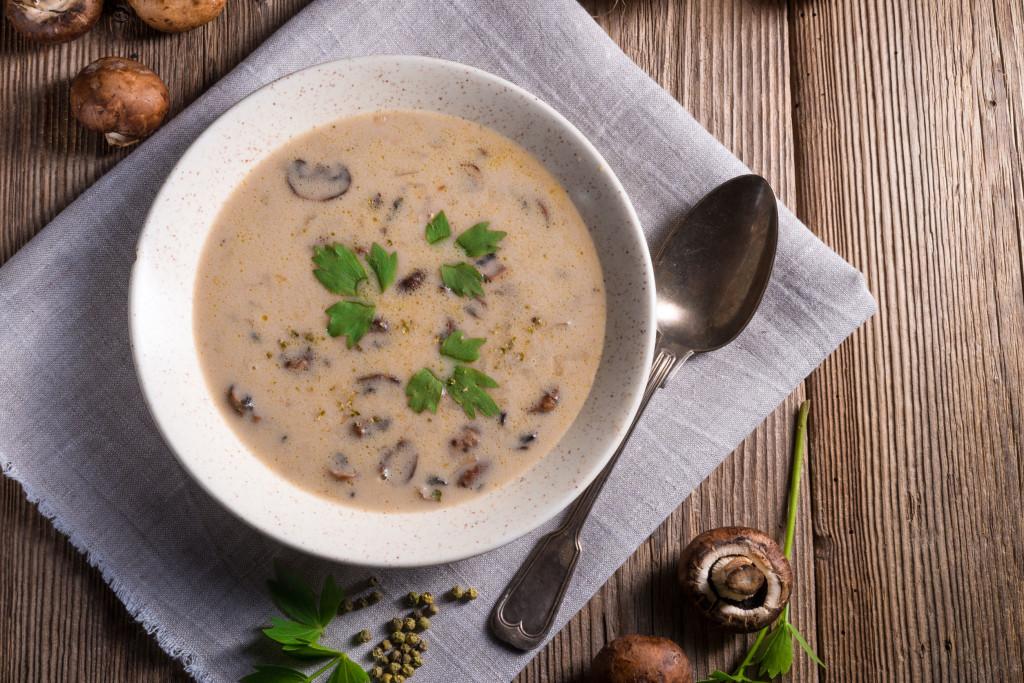40157432 - creamy mushroom soup